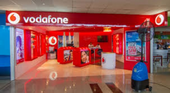 Britain's Vodafone reports net loss of 6.1 bln euros