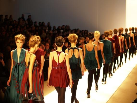 Sales lift profits for Zara owner Inditex by 18 percent