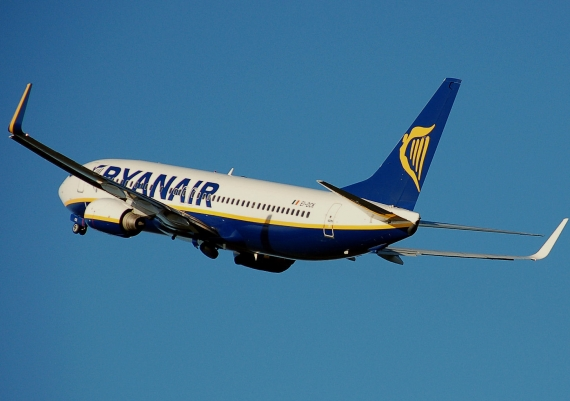 Ryanair UK Pilots Accept Pay Offer