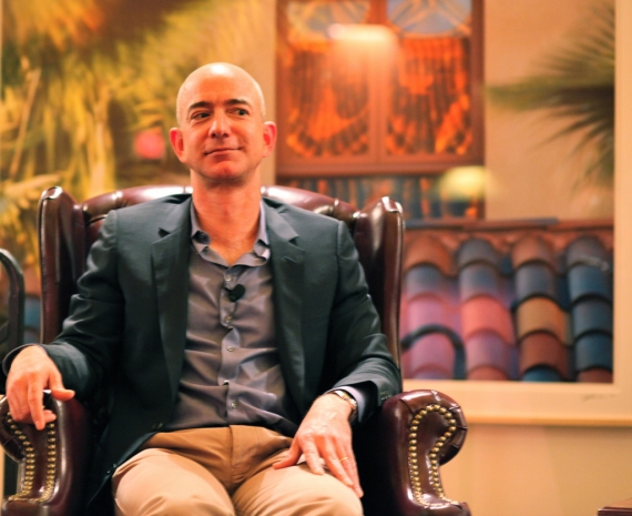 Amazon chief Bezos cashes in $1.8 bln of share pile