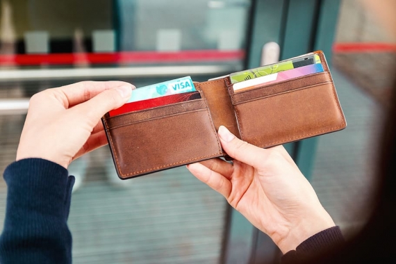 Contactless payments can help cut contagion says EU banking watchdog
